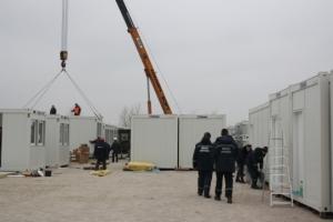 В Запорожье опечатали модульные домики для переселенцев
