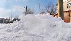 С 1 по 4 января с запорожских улиц вывезли более четырех тысяч тонн снега