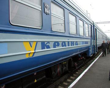 На пасхальных выходных поездов будет больше