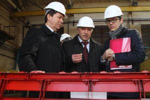 Киевский чиновник  хочет видеть запорожских ремонтников поездов сытыми и ухоженными
