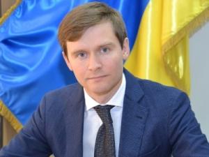 Главный налоговик Запорожской области задекларировал 3 миллиона гривен «наличкой», 5 элитных наручных часов и два автомобиля