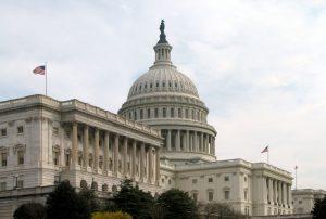Конгресс США принял резолюцию о летальном оружии для Украины