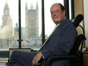 Проездом из зоны АТО Запорожье посетит британский лорд и парламентер