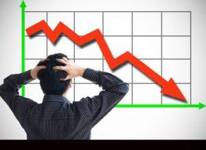 Промышленное производство в Украине продолжает стремительно падать