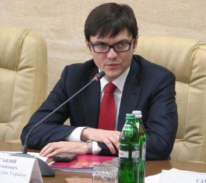 С 1 июня большая часть запорожских льготников будет платить за проезд