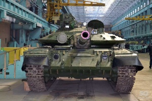 Новая партия танков для украинских бойцов