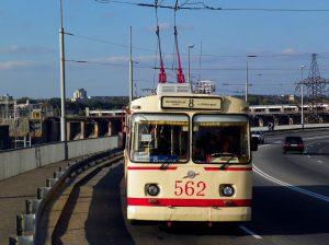 Несмотря на возросший спрос, трамваев и троллейбусов в Запорожье пока не станет больше