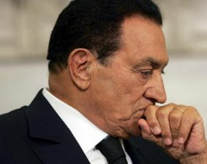 Каир опровергает смерть Хосни Мубарака