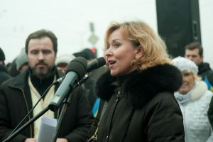 Активистка Майдана пожаловалась на запорожскую Самооборону в прокуратуру