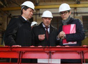 Министерство инфраструктуры ищет новых руководителей для запорожского завода и бердянского порта