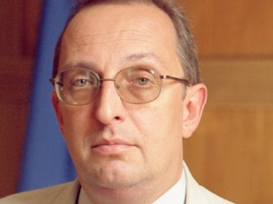 Ректор запорожского университета наведался к налоговикам