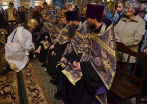 Сегодня в Запорожье архиепископ Лука омоет ноги  священнослужителям