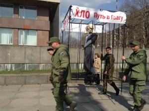 Запорожцы указали сепаратистам на их место - в городе прошел марш единства