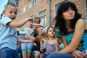 В Запорожье заканчиваются деньги на содержание переселенцев из Донбасса
