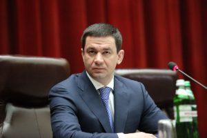 Григорий Самардак отчитался перед депутатами за год своей работы
