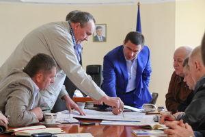 Губернатор требует от запорожских дорожников ежедневной работы и обещает найти на это деньги