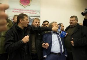 Запорожский мэр оспорил в суде штраф за нецензурщину