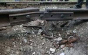 Из-за теракта на донецкой железной дороге остановлено движение поездов