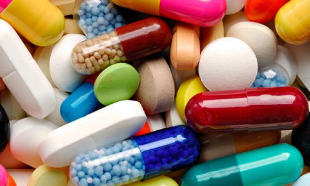 Налоговики не пустили контрабандные лекарства в АТО
