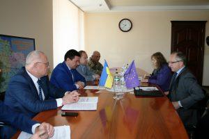 Посол ЕС в Украине Ян Томбински обсудил с властью возможность создания в регионе европейского информцентра