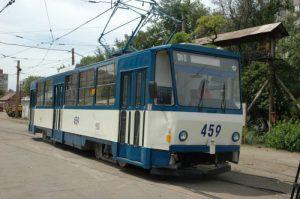 В День Победы запорожцев бесплатно катали в трамвае
