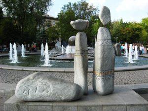 Запорожцы все лето смогут демонстрировать свои таланты на площади Маяковского