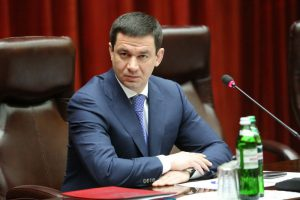 Глава областного совета Григорий Самардак назначил себе надбавку к зарплате