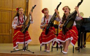 Обучение запорожских детей музыке и искусствам подорожало