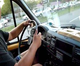 В Запорожье пассажир изрезал водителя маршрутки