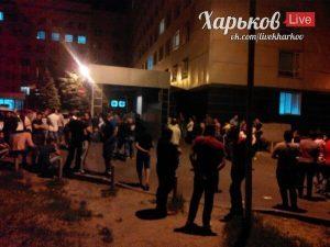 Ночью в Харькове неизвестные устроили погром в студенческом городке