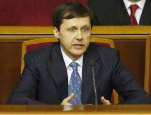 Заграничный полет на самолете может стать причиной отставки очередного министра правительства Яценюка