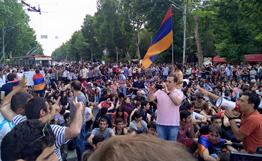 Протестная акция в Ереване продолжается