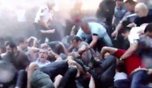 В Ереване масштабную акцию протеста полиция разогнала с помощью водометов