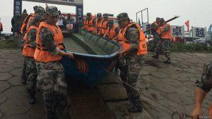 В Китае затонул теплоход с 400 пассажирами на борту