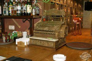 На приобретение кассовых аппаратов и лицензий на алкоголь у запорожских предпринимателей осталось несколько дней