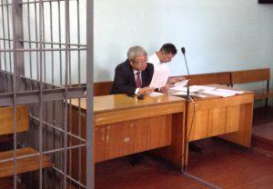 Адвокаты потерпевших по «делу врачей» обвиняют запорожского мэра в затягивании дела