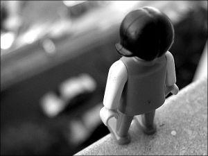 В Запорожье 15-летняя девочка после ссоры с матерью, выпрыгнула из окна многоэтажки