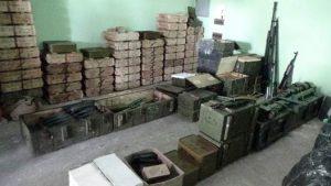 На даче экс-чиновника Луганской ОГА обнаружен крупный склад оружия - СБУ