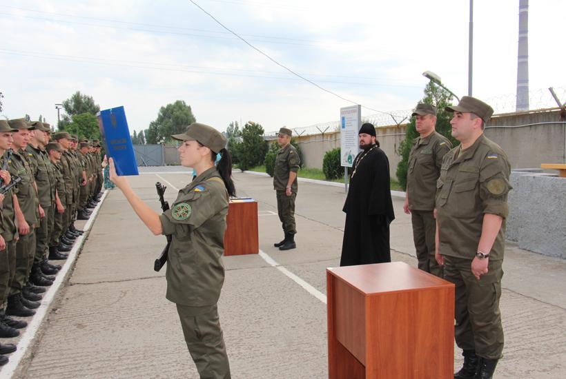 В Энергодаре пополнились ряды нацгвардейцев, которые охраняют атомную станцию