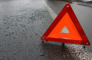 В Запорожье столкнулись грузовик и маршрутка - ФОТО