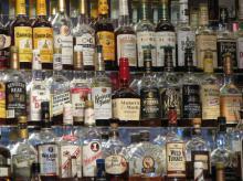 Запорожские фискалы предупреждают о повышении цен на алкоголь с 11 июля