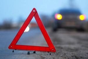 В Запорожской области на трассе перевернулась легковушка: есть пострадавший