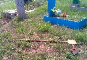 В Запорожской области рецидивист зарабатывал на грабеже кладбищ