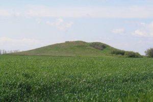 Запорожская земля под курганами стоимостью в 13,5 млн. грн. возвращена в собственность государства
