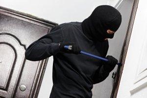 В Запорожье «на горячем» задержали квартирного вора - ФОТО