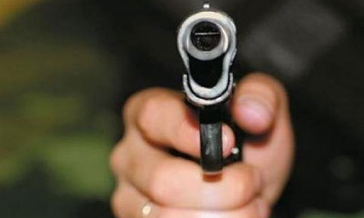 Житель Запорожской области открыл стрельбу по сотрудникам
