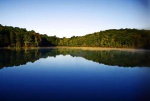В Каховском водохранилище ищут пропавшего молодого мужчину