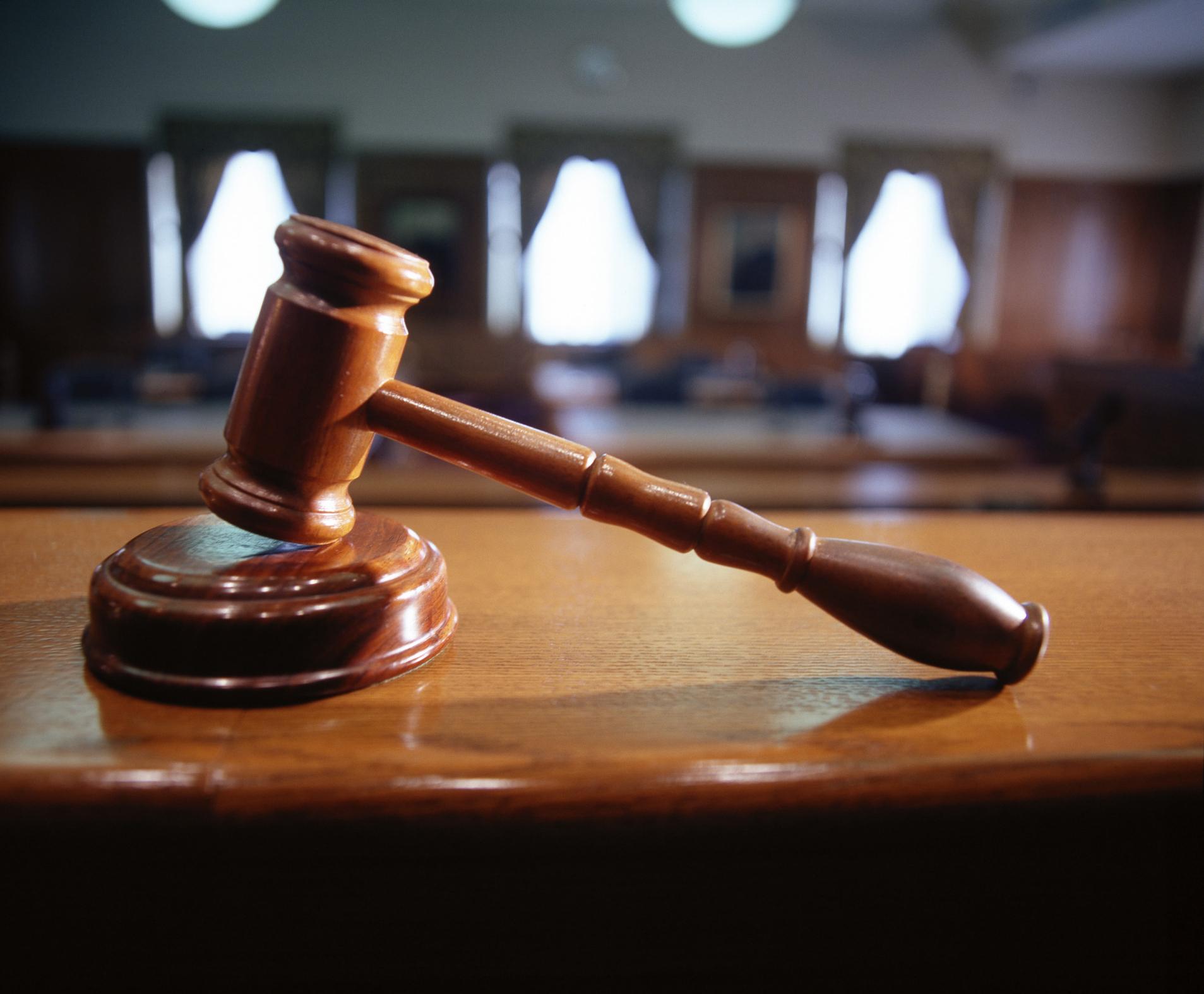 В Запорожье суд снова приступил к рассмотрению уголовного дела скандального рейдера