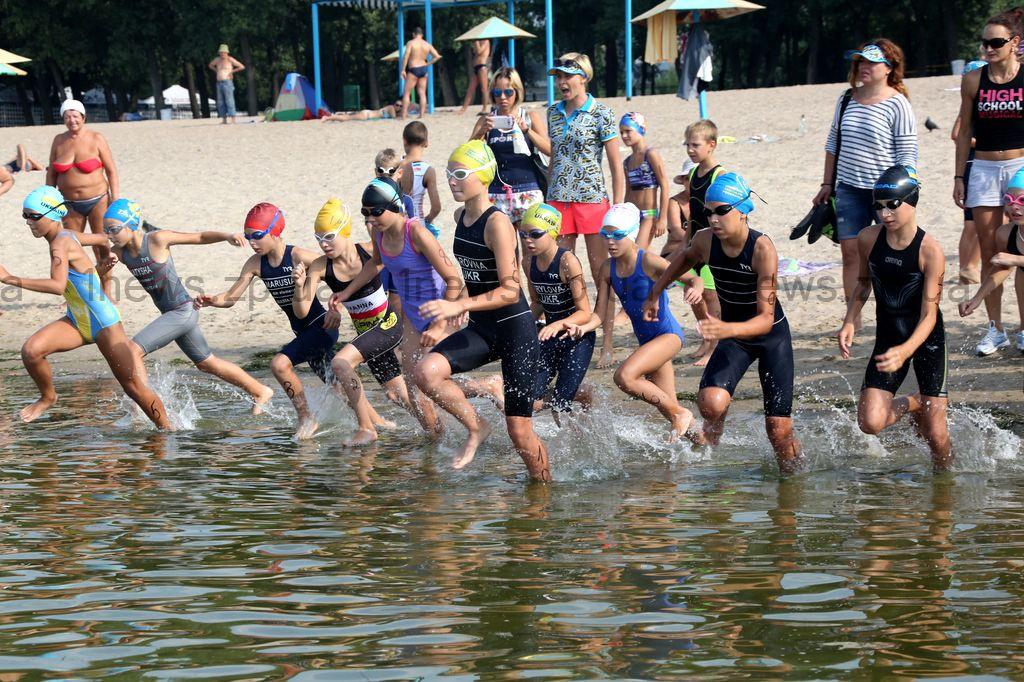 Спортсмены из Донецка не смогли выехать в Запорожье на международный турнир по триатлону