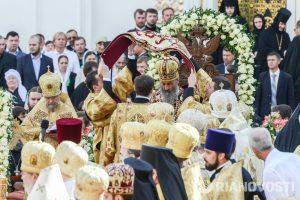 Запорожские православные отметят годовщину выборов молебном